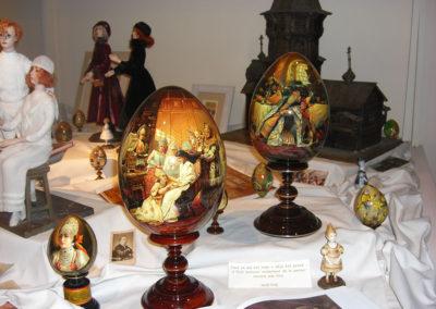 Oeufs en bois peints - Exposition de MARSEILLE